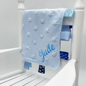 blue-star-taggie-comforter