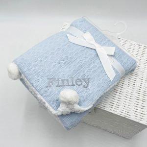 pom-pom-blanket-blue