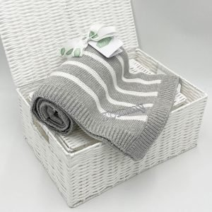 grey-stripe-ziggle-blanket